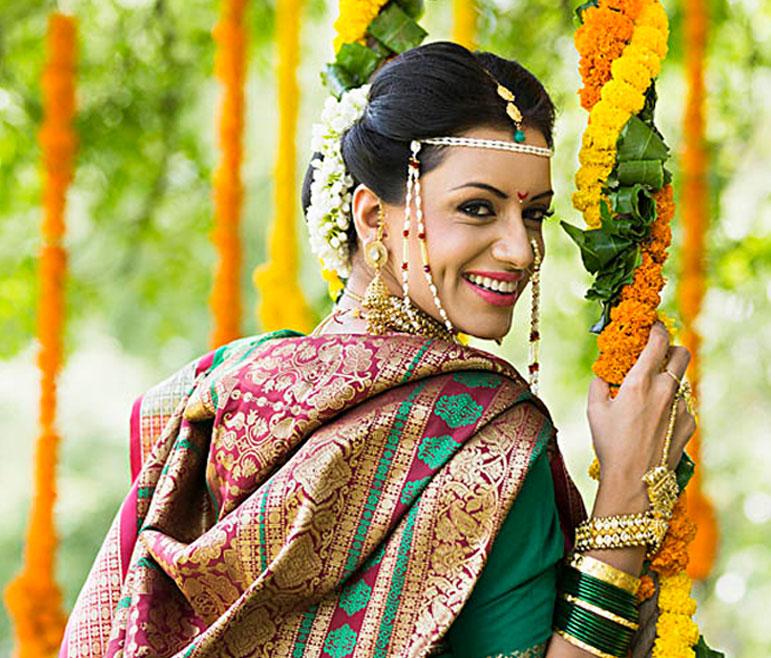 Vlcc Indian Wedding Makeup Salon Best Bridal Makeup Artist Near