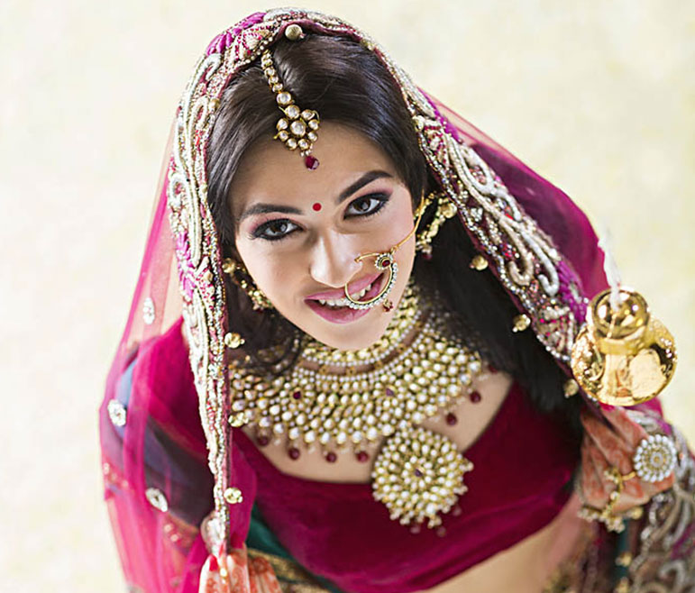 Vlcc Indian Wedding Makeup Salon Best Bridal Makeup Artist Near