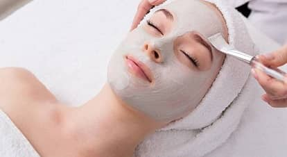 Face Mask How-to: Give Yourself a Spa-Like Facial at Home